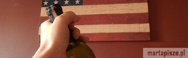 wino-carlo-rossi-flaga-ameryki